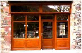 E-COMMERCE : Coutellerie Laguiole Aveyron artisan coutelier fabricant de couteaux laguiole aveyron idée cadeaux